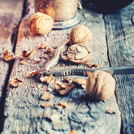 raw-walnut-halves